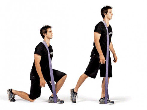 reverse lunge with resistance bands